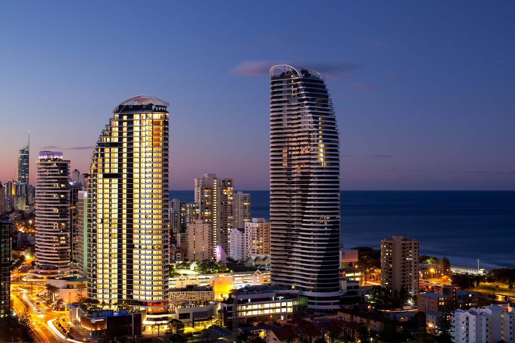 http://greatpacifictravels.com.au/hotel/images/hotel_img/11506928142Peppers Broadbeach 0.jpg