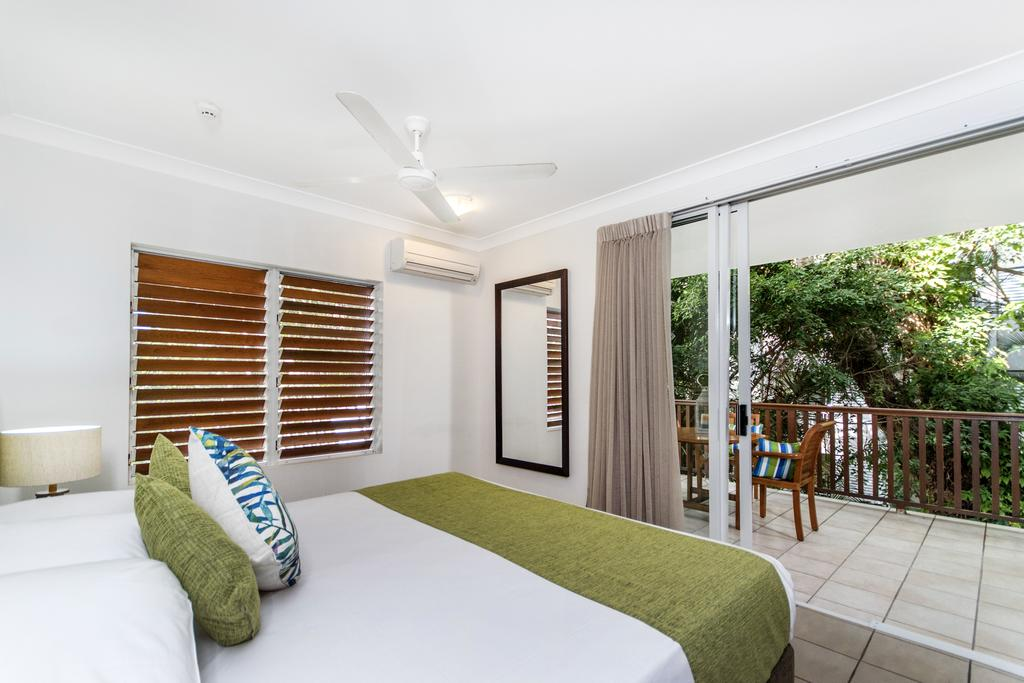 http://greatpacifictravels.com.au/hotel/images/hotel_img/11520185748Reef Retreat4.jpg