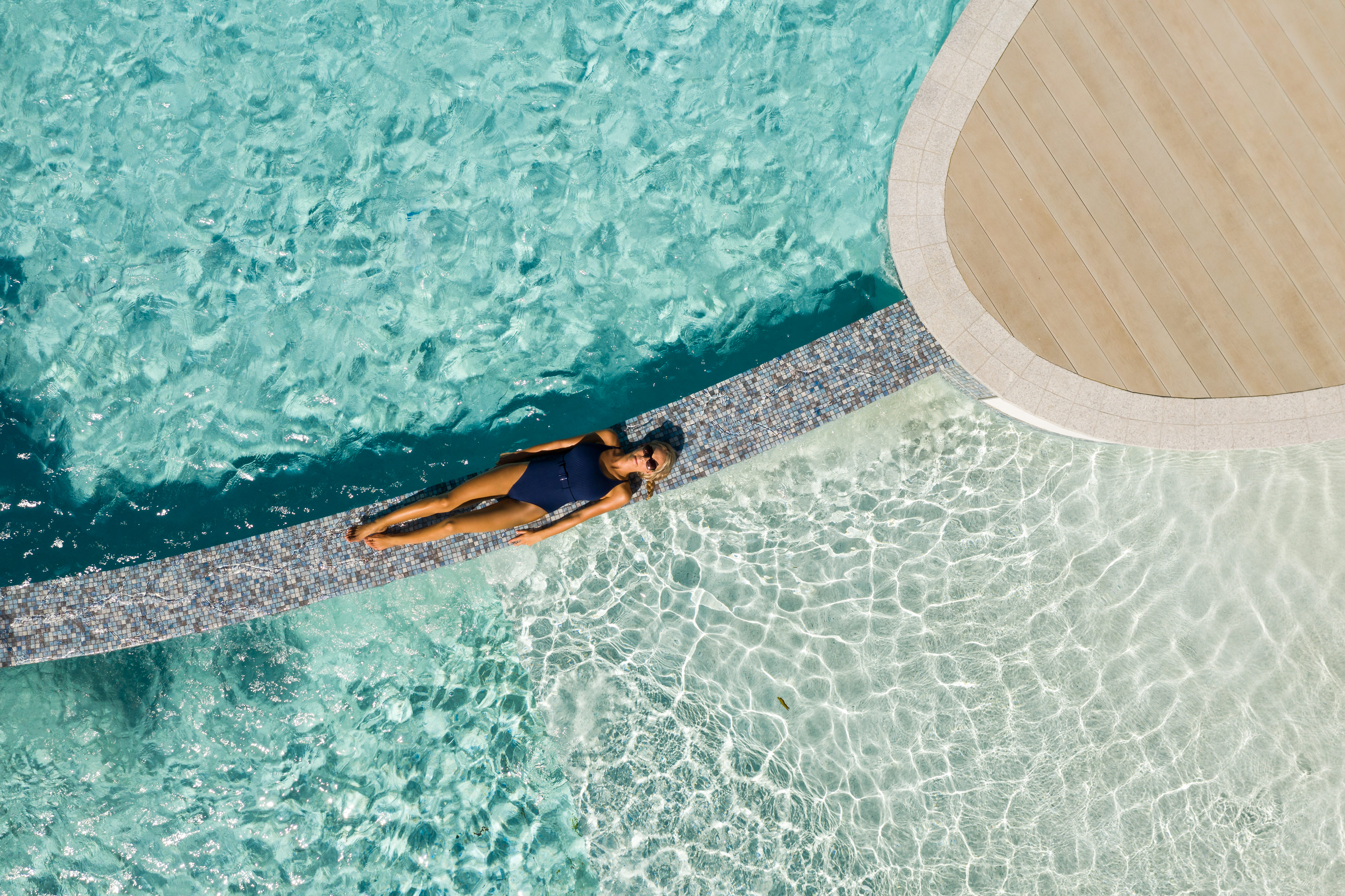 http://greatpacifictravels.com.au/hotel/images/hotel_img/11556364567Riley Pool Area 14.jpg