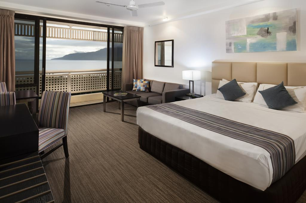 http://greatpacifictravels.com.au/hotel/images/hotel_img/11616558177Rydges Esplanade Queen Room.jpg