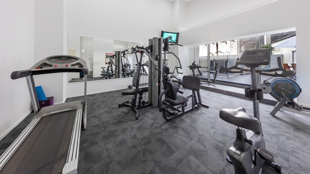 http://greatpacifictravels.com.au/hotel/images/hotel_img/11617811715Auckland Harbour Suites-Gym.jpg