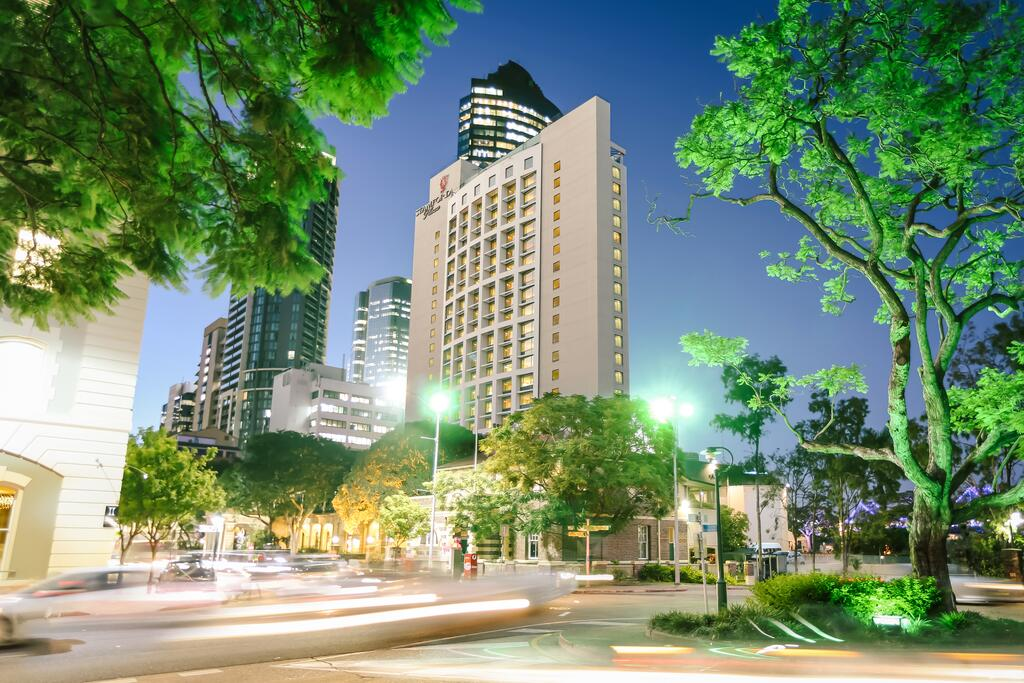 Luxury Brisbane Holiday Packages