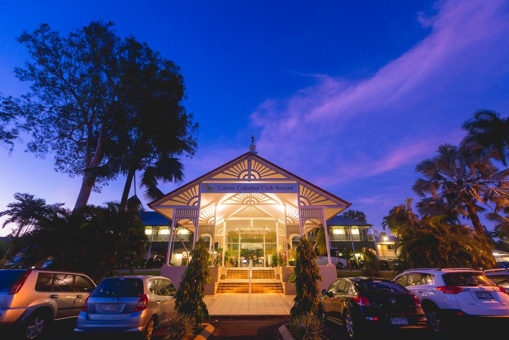 Cairns, QLD: 3- or 5-Night Getaway with Flights, Wine, and Breakfast at Cairns Colonial Club Resort