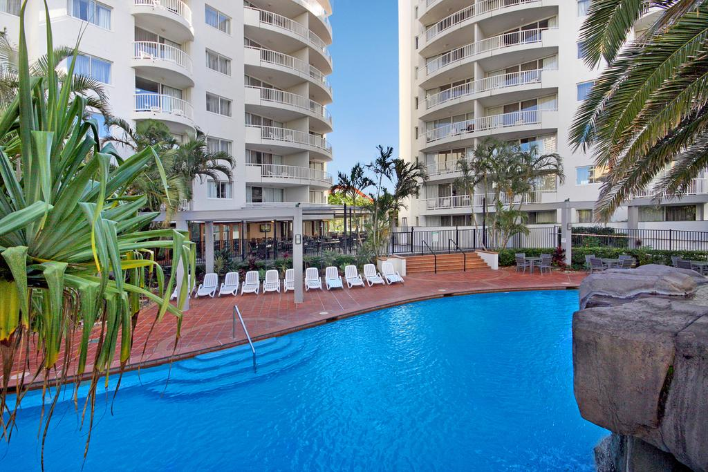 images/hotel_img/Gold Coast, QLD: 3, 5 or 7-Night Getaway with Flights, Breakfast & Optional Dinner at Alpha Sovereign Hotel
