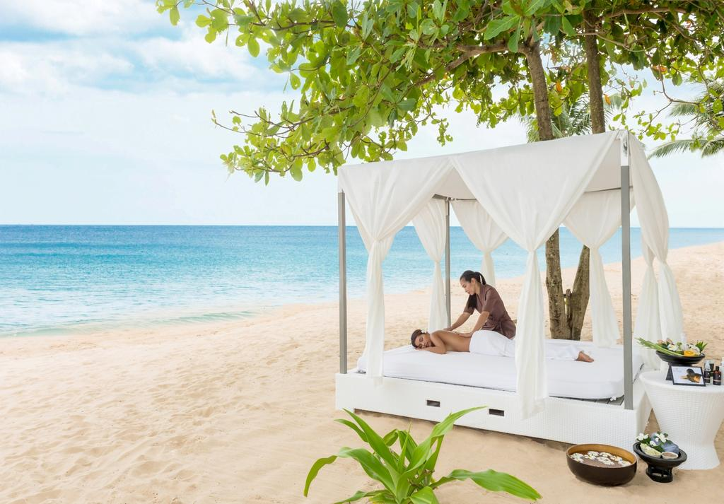 images/hotel_img/Thailand: From $1099 Per Person for a 7N Deluxe Suite with Flights at 5* akyra Beach Club Phuket