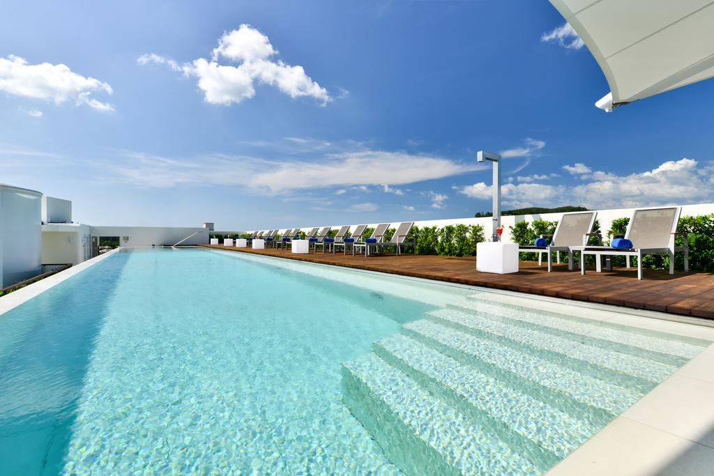 images/hotel_img/Phuket: Seven-Night Getaway with Flights and Breakfast at 5* Dream Phuket Resort and Spa